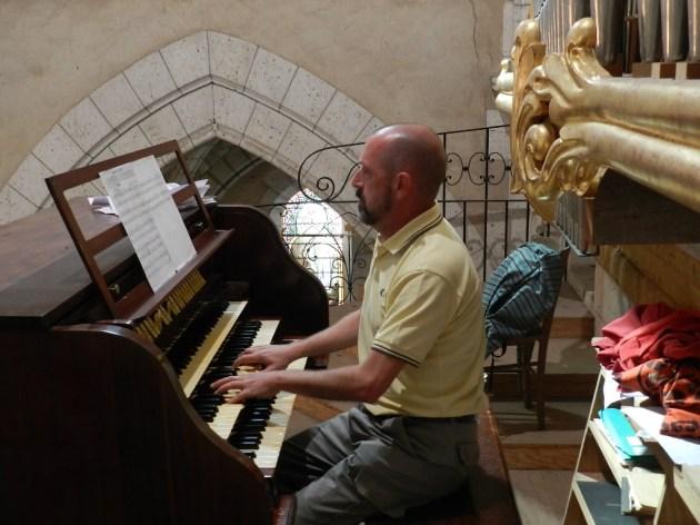 Emmanuel Doiret à l'orgue